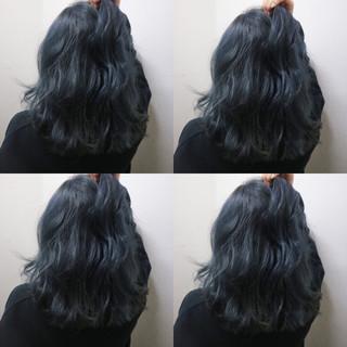 ストリート ブルー こなれ感 外ハネ ヘアスタイルや髪型の写真・画像 ヘアスタイルや髪型の写真・画像