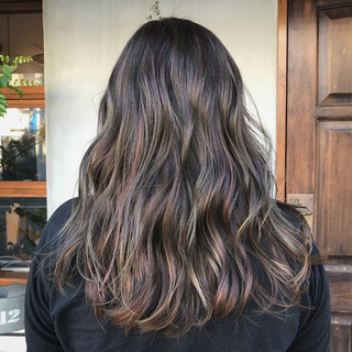 セミロング ローライト ストリート ハイライト ヘアスタイルや髪型の写真・画像