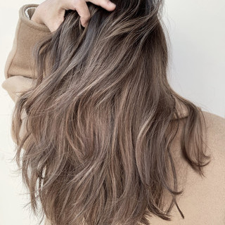 ナチュラル ビーチガール ロング レイヤーロングヘア ヘアスタイルや髪型の写真・画像 ヘアスタイルや髪型の写真・画像