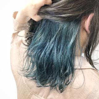 インナーカラー ストリート グレージュ ミディアム ヘアスタイルや髪型の写真・画像