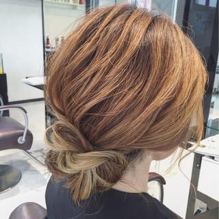 結婚式 ハイライト ヘアアレンジ ミディアム ヘアスタイルや髪型の写真・画像