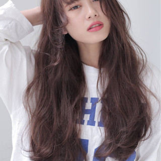 グラデーションカラー 暗髪 ナチュラル 外国人風 ヘアスタイルや髪型の写真・画像 ヘアスタイルや髪型の写真・画像