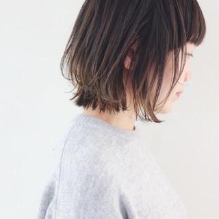グラデーションカラー フェミニン インナーカラー 外ハネ ヘアスタイルや髪型の写真・画像