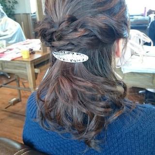 ショート ハーフアップ フェミニン 大人かわいい ヘアスタイルや髪型の写真・画像