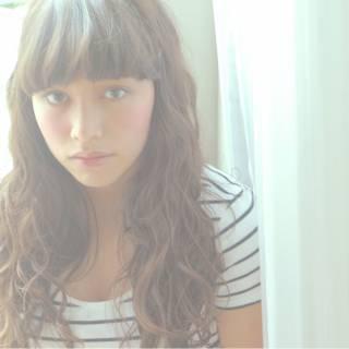 ロング ゆるふわ ストレート 外国人風 ヘアスタイルや髪型の写真・画像 ヘアスタイルや髪型の写真・画像