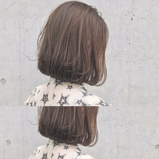 ハイライト ボブ ストレート ナチュラル ヘアスタイルや髪型の写真・画像