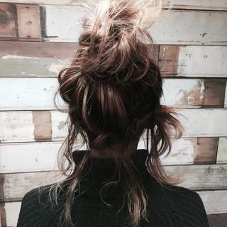 ヘアアレンジ パーティ ミディアム ルーズ ヘアスタイルや髪型の写真・画像