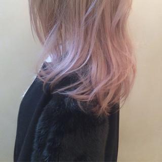 ゆるふわ ピンク ピンクアッシュ ストリート ヘアスタイルや髪型の写真・画像