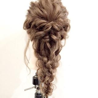 大人かわいい ロング ロープ編み ゆるふわ ヘアスタイルや髪型の写真・画像