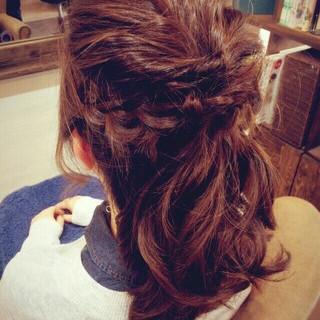 編み込み ヘアアレンジ ハーフアップ セミロング ヘアスタイルや髪型の写真・画像