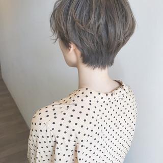 ショート 大人かわいい 抜け感 オフィス ヘアスタイルや髪型の写真・画像