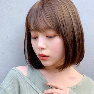 ショートボブ 前下がりボブ インナーカラー モテボブ ヘアスタイルや髪型の写真・画像