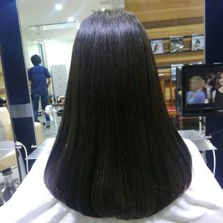 ストレート 前髪あり ナチュラル グレージュ ヘアスタイルや髪型の写真・画像