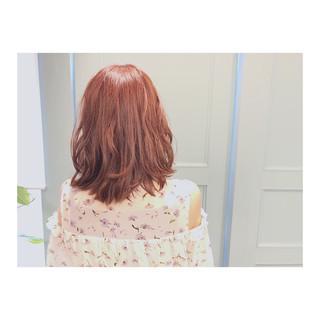 ナチュラル ミディアム ベージュ ピンク ヘアスタイルや髪型の写真・画像
