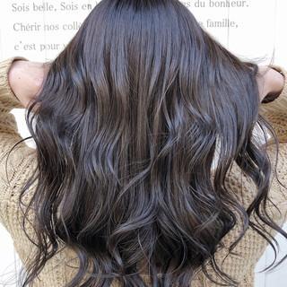 インナーカラー ウルフカット フェミニン ロング ヘアスタイルや髪型の写真・画像