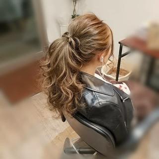ヘアアレンジ フェミニン ガーリー ロング ヘアスタイルや髪型の写真・画像 ヘアスタイルや髪型の写真・画像