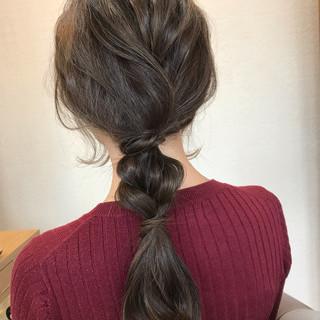 フェミニン アンニュイほつれヘア 結婚式 ヘアアレンジ ヘアスタイルや髪型の写真・画像