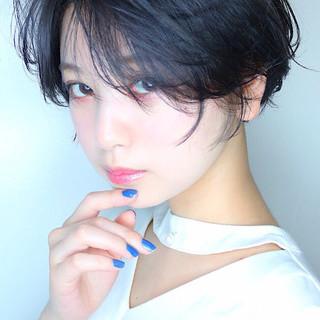 ショート 小顔ショート ショートマッシュ ショートヘア ヘアスタイルや髪型の写真・画像 ヘアスタイルや髪型の写真・画像