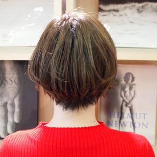 ショートボブ ハンサムショート ショートヘア ナチュラル ヘアスタイルや髪型の写真・画像