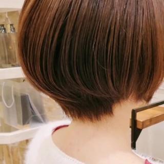 ショートヘア ハンサムショート フェミニン ショートボブ ヘアスタイルや髪型の写真・画像
