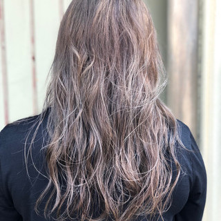 ダブルカラー ロング インナーカラー ガーリー ヘアスタイルや髪型の写真・画像