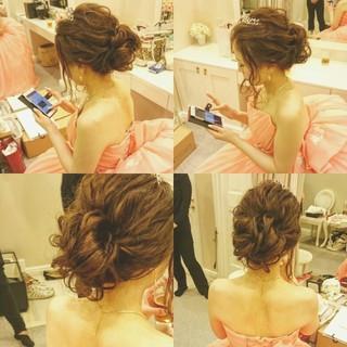 ゆるふわ ヘアアレンジ ドレス ブライダル ヘアスタイルや髪型の写真・画像