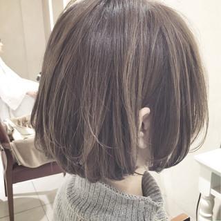 アンニュイ ウェーブ 女子会 ナチュラル ヘアスタイルや髪型の写真・画像
