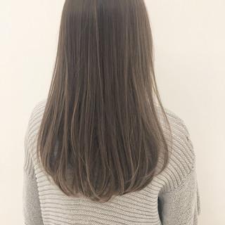 ストレート 外国人風 ロング 秋 ヘアスタイルや髪型の写真・画像