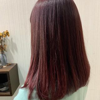 大人かわいい アンニュイほつれヘア ピンクアッシュ ナチュラル ヘアスタイルや髪型の写真・画像