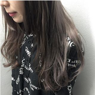 暗髪 グレー グレージュ ロング ヘアスタイルや髪型の写真・画像