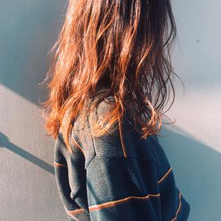 カシスレッド セミロング エレガント ヘアアレンジ ヘアスタイルや髪型の写真・画像