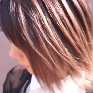 バレイヤージュ ミディアム グラデーションカラー ストリート ヘアスタイルや髪型の写真・画像