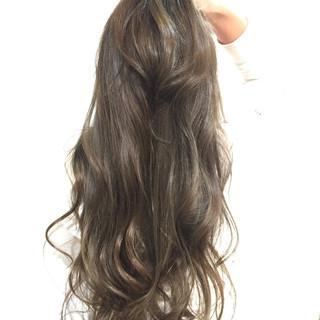 透明感 外国人風カラー ストリート オリーブアッシュ ヘアスタイルや髪型の写真・画像