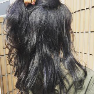 グレー ハイライト ミルクティー ストリート ヘアスタイルや髪型の写真・画像