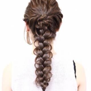 ヘアアレンジ ロング ねじり ガーリー ヘアスタイルや髪型の写真・画像 ヘアスタイルや髪型の写真・画像
