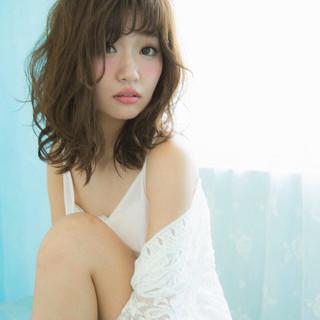 外国人風 くせ毛風 透明感 ピュア ヘアスタイルや髪型の写真・画像