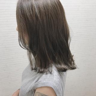オフィス ウェーブ アンニュイ ストリート ヘアスタイルや髪型の写真・画像