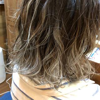 外国人風カラー ダブルカラー モード インナーカラー ヘアスタイルや髪型の写真・画像