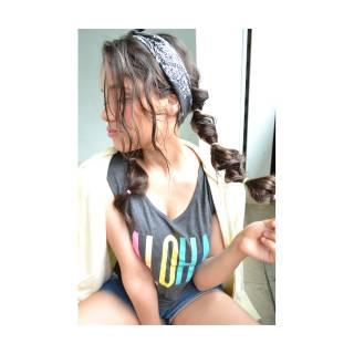 ストリート ロング ウェーブ ヘアアレンジ ヘアスタイルや髪型の写真・画像