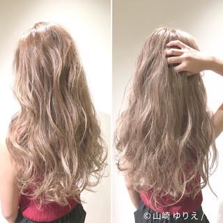 外国人風 ロング ゆるふわ ハイライト ヘアスタイルや髪型の写真・画像 ヘアスタイルや髪型の写真・画像