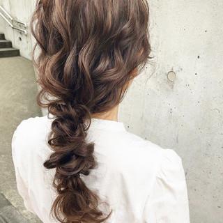 フェミニン セミロング ゆるナチュラル 大人かわいい ヘアスタイルや髪型の写真・画像
