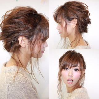大人かわいい ショート ヘアアレンジ 波ウェーブ ヘアスタイルや髪型の写真・画像