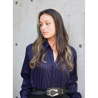 モード ハイライト 外国人風カラー ロング ヘアスタイルや髪型の写真・画像 ヘアスタイルや髪型の写真・画像