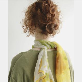 ヘアアレンジ スパイラルパーマ お団子 お団子アレンジ ヘアスタイルや髪型の写真・画像