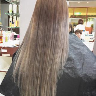 ロング ヘアアレンジ 渋谷系 グラデーションカラー ヘアスタイルや髪型の写真・画像