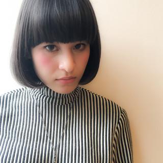 外国人風 暗髪 ワンレングス 透明感 ヘアスタイルや髪型の写真・画像