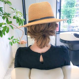 ガーリー アウトドア セミロング 簡単ヘアアレンジ ヘアスタイルや髪型の写真・画像
