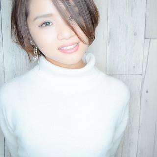 小顔ショート ショート フェミニン 黒髪 ヘアスタイルや髪型の写真・画像 ヘアスタイルや髪型の写真・画像