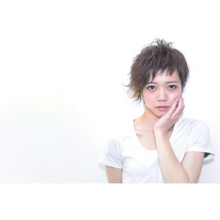 パーマ ショート フェミニン 黒髪 ヘアスタイルや髪型の写真・画像