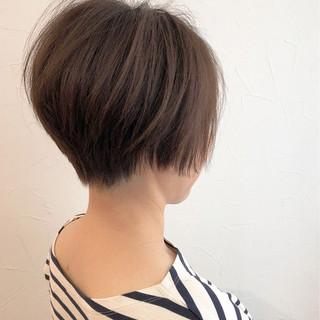 アウトドア 似合わせ ナチュラル ショート ヘアスタイルや髪型の写真・画像